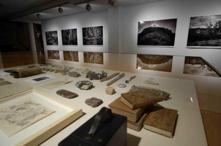 Vista de la exposición de Juanma Pérez en el Colegio Mayor Rector Peset.