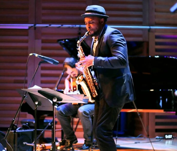 El saxofonista Logan Richardson. Imagen cortesía de Jimmy Glass.