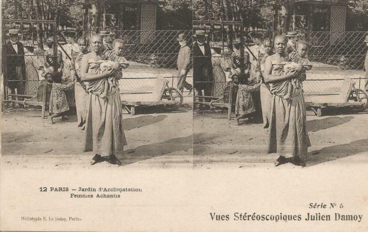Jardín de Aclimatación de París. Mujer ashanti y su hijo. Imagen cortesía del Museu Valencià d'Etnologia.