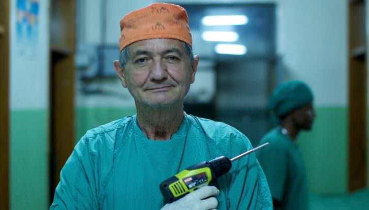Fotograma de 'El cirujano rebelde', de Erik Gandini. Imagen cortesía de DocsValència.
