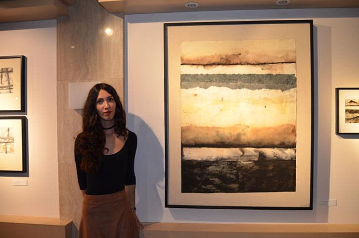 Maria González en su exposición 'Retenir la mirada'. Imagen cortesía de Espai d'Art Colón.