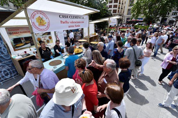 Tastarròs. Paza del Ayuntamiento de Valencia. Domingo, 21 de mayo de 2017. Foto de Rubén Salcedo.