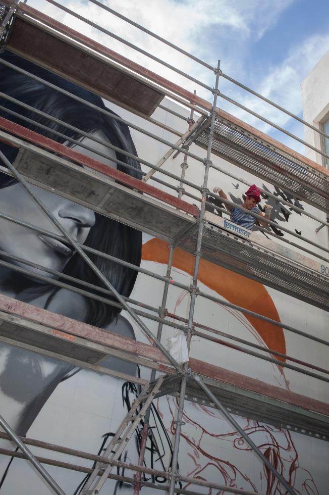 Intervención mural de Wall Arttitude. Imagen cortesía de Zedre.