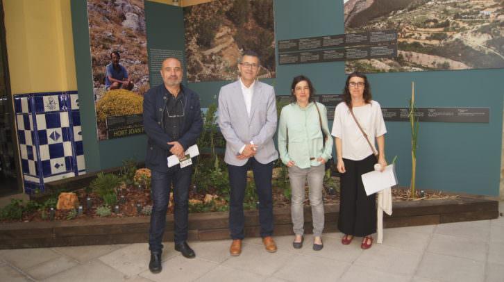 De izda a dcha, Xavi Rius, Jorge Cruz, Anna Pellicer y Júlia Pellicer. Imagen cortesía de MUVAET.