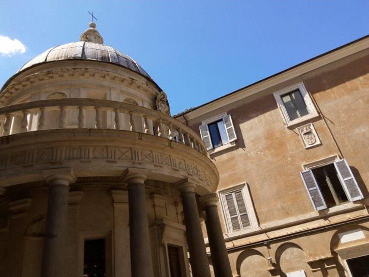 Templete de Bramante (detalle). Fotografía: Maite Ibáñez.