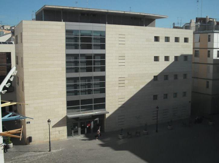 Vista de la sede del Institut Valencià de Cultura en la Plaza Viriato de Valencia.
