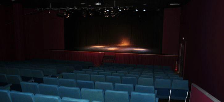 Una de las salas valencianas afectadas por la actual normativa denunciada por AVetid y Feti.