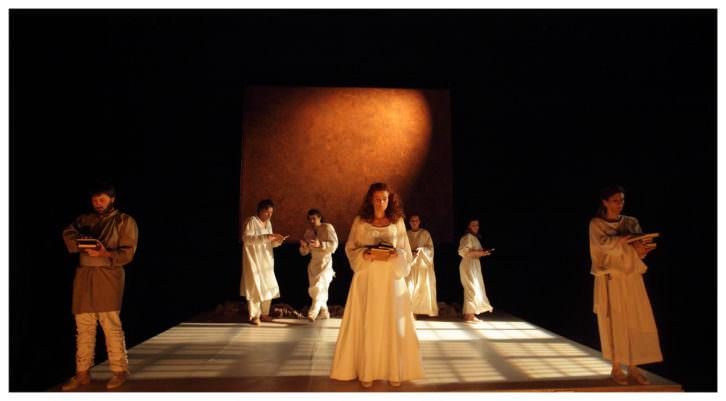 Escena de 'De Sukei a Naima'. Imagen cortesía de Sagunt a Escena.