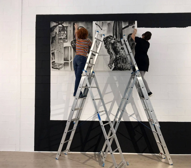 Ejemplo. Una de las piezas de Marta Beltrán durante su montaje en Sevilla. Imagen cortesía Marta Dávila.