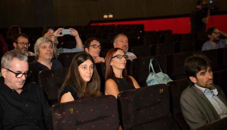 Presentación de la campaña 'El cinema, en valencià!, en los cines Albatexas.