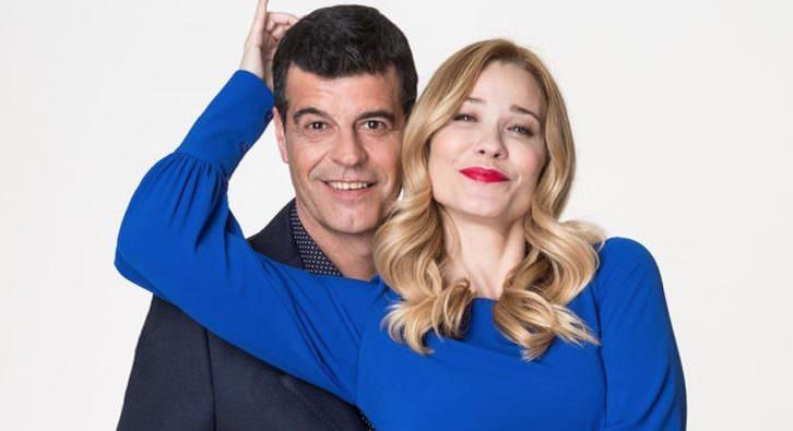 Andoni Ferreño y Carla Hidalgo en 'Qué importan diez años'. Imagen cortesía de Teatro Talía