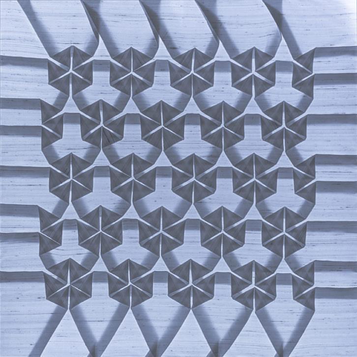 Imagen de la pieza 'Metamorfosis 3', de Pierre Louis Geldenhuys, presente en la exposición. Fotografía: Espacio de Luz.