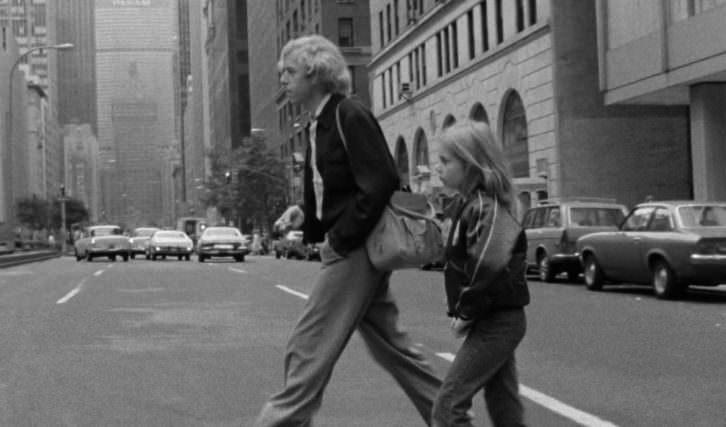Fotograma de 'Alicia en las ciudades', de Wim Wenders.  Imagen cortesía de la Filmoteca de Valencia.