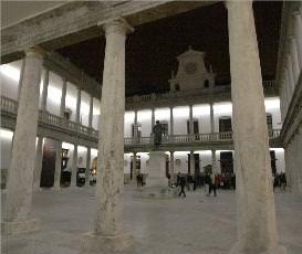 Vista del claustro de La Nau, donde se ubicarán los expositores.