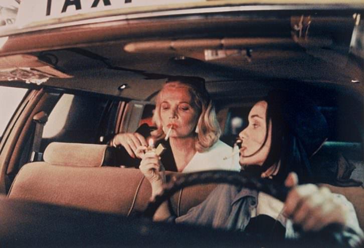 Fotograma de 'Noche en la tierra', de Jim Jarmusch. Imagen cortesía de la Filmoteca de Valencia.