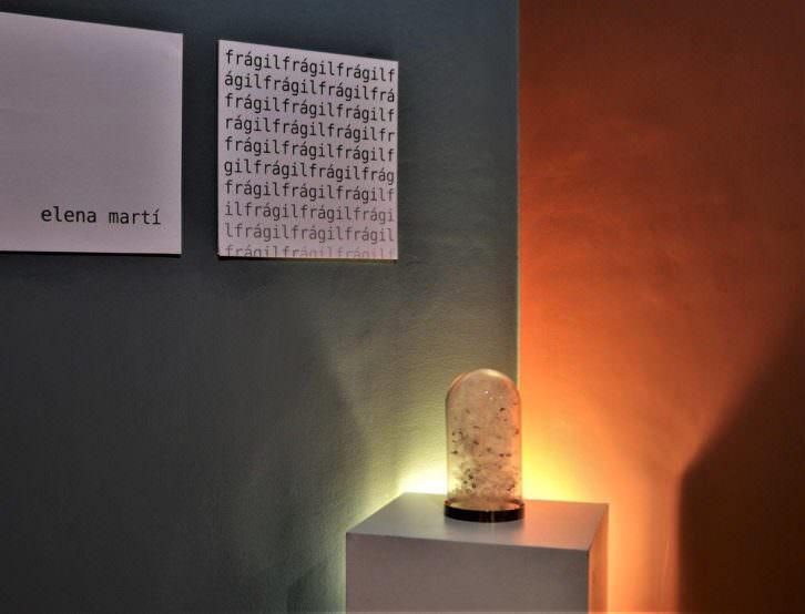 Vista de la exposición de Elena Martí. Imagen cortesía del festival De Par en Part.