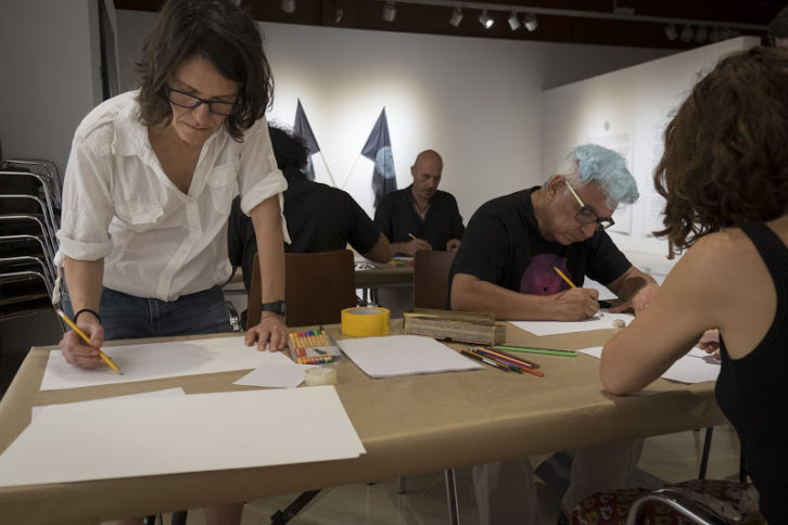 Instante durante el Taller de Olga Diego. Imagen cortesía de los artistas.