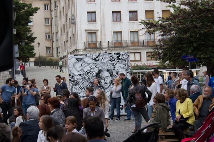 Ambiente en la calle durante el festival Artecturas. Foto: Néstor Navarro