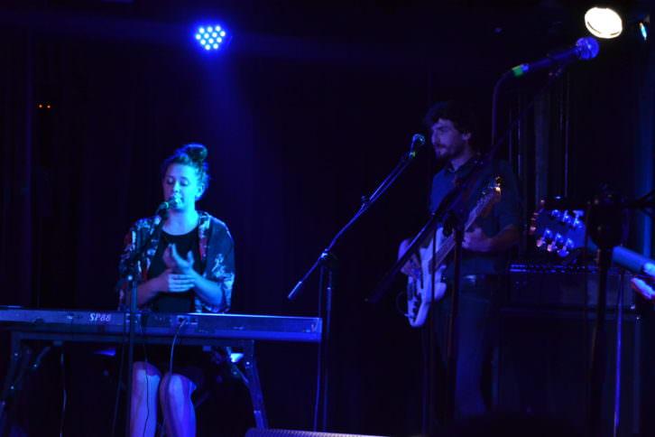 Morgan durante su actuación en Loco Club. Foto: Lorena Riestra
