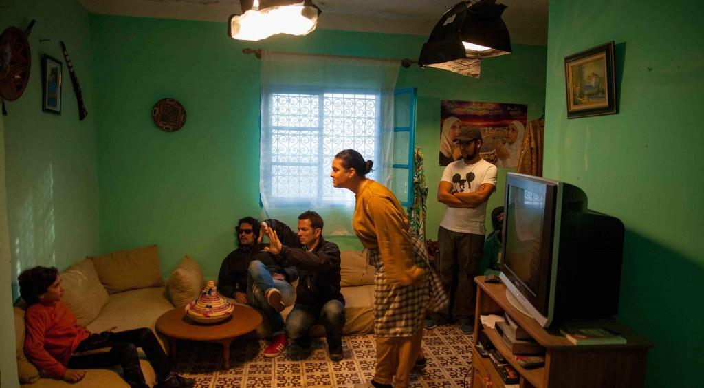 Imagen de rodaje de 'Tikitat-a-soulima', de Ayoub Layoussifi, que se proyectará durante la inauguración de La Cabina. Fotografía cortesía del festival.
