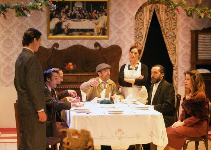 Nadal en casa els Cupiello. Foto de Santiago Carreguí por cortesía de Teatre Micalet.