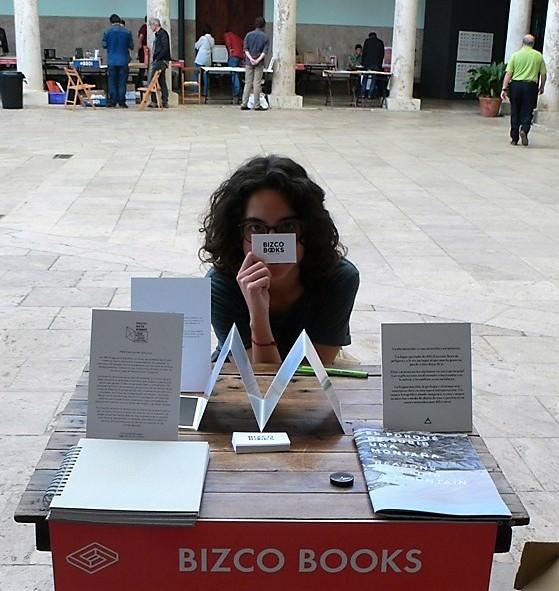 La mirada de Bizco Books en La Nau, durante el Festival del libro SINDOKMA. Fotografía, Vicente Chambó.