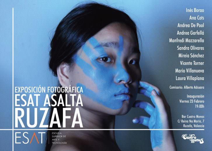 Cartel de la exposición de alumnos de ESAT en Cuatro Monos. Imagen cortesía de Escuela Superior de Arte y Tecnología.