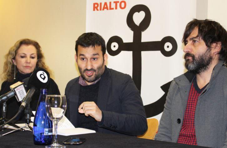 De izda a dcha, Mariángeles Fayos, Vicent Marzà y Ximo Solano. Imagen cortesía de la Conselleria de Cultura.