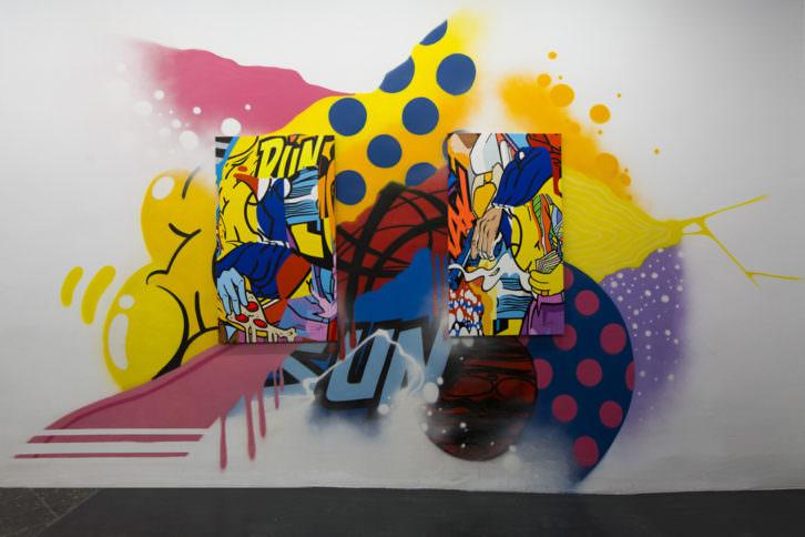 Imagen de una de las obras que integran la exposición 'Don't have a hashtag yet', en Plastic Murs. Fotografía de Estrella Jover, cortesía de la galería.