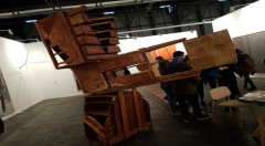 «La Patética para instrumento innombrable». Jorge Peris,2018. Intervención en mobiliario de madera,280 x 155 x 250 cm.