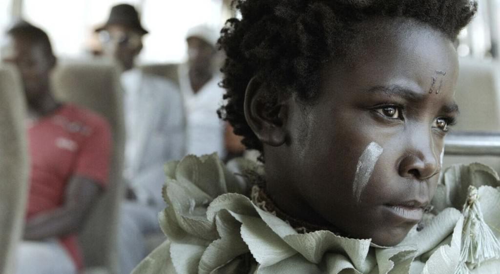 Fotograma de la película 'No soy una bruja (I'm not a witch)', de la directora zambiana Rungano Nyoni. Fotografía cortesía de FCAT.
