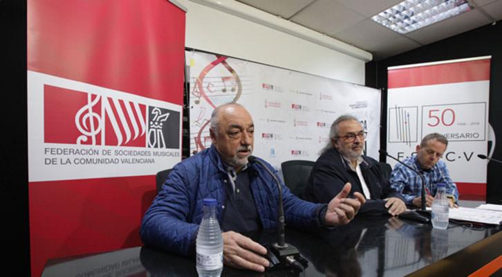 De izda a dcha, Escamilla, Pedro Rodríguez y Manuel Muñoz. Imagen cortesía de la FSMCV.