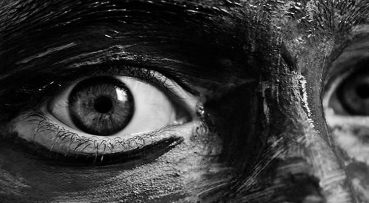 Técnica y creatividad para amantes de la fotografía en blanco y negro. Imagen cortesía Xataka.
