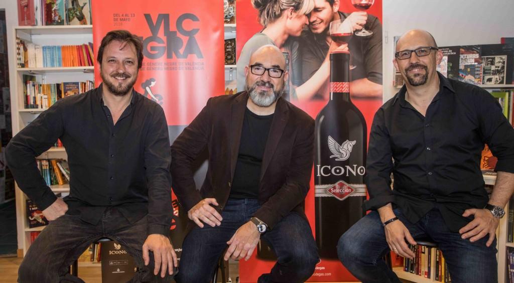 Bernardo Carrión, Llordi Llobregat y Santiago Álvarez durante la rueda de prensa de la VI edición de VLC NEGRA. Fotografía cortesía del festival.