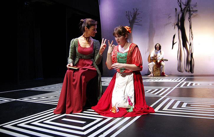 Trabajos de amor perdidos, de Última Teatro. Imagen cortesía de Sala Russafa.