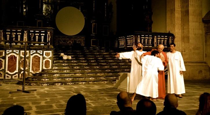 Un instante de la escenificación de 'Giulio Cesare. Pezzi Staccati', de Romeo Castellucci. Fotografía: Merche Medina.