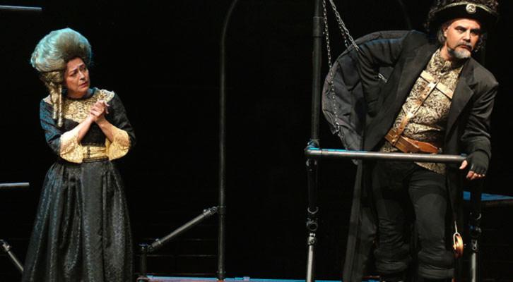 Escena de '1789', de Hadi Kurich. Imagen cortesía de Teatres.