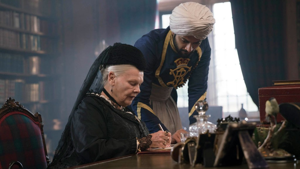 Fotograma de 'Victor & Abdul', de Stephen Frears.