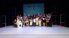 Imagen general de los galardonados por los VII Premis del Públic Sala Russafa. Fotografía cortesía de los organizadores.