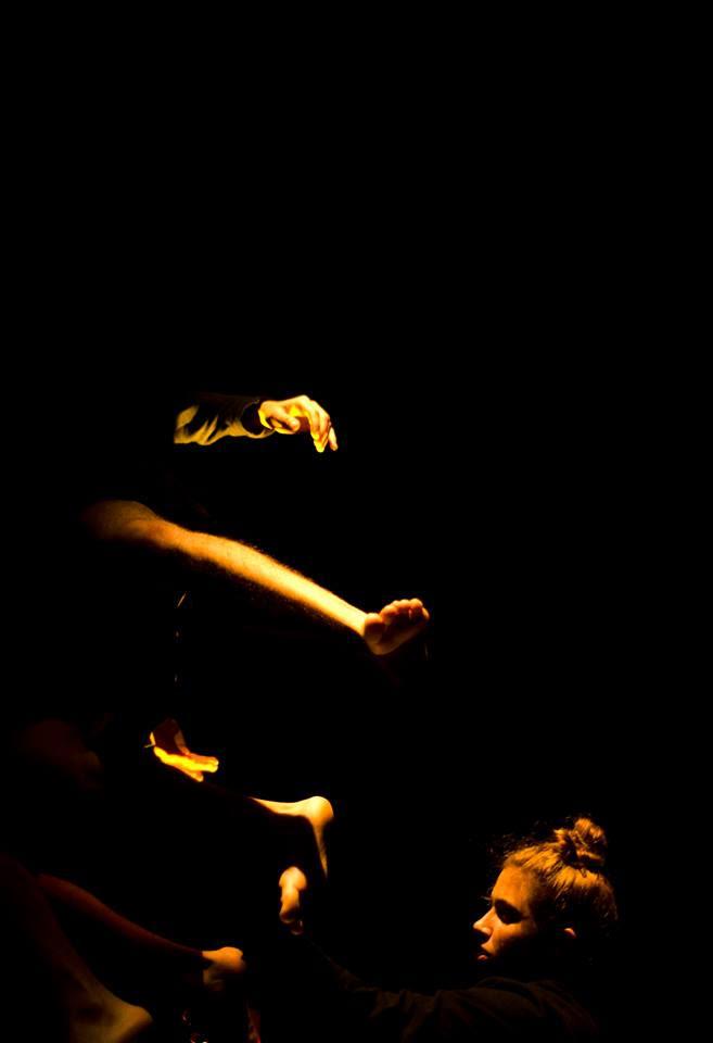 Fotografia de la obra 'No hay que ser una casa para tener fantasmas'. Imagen cortesia de Prácido Domingo.