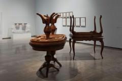 Muestra de la exposición con las obras de Art al Quadrat, Fermín Jiménez Landa y Mar Arza. Imagen cortesía del Centre del Carme.