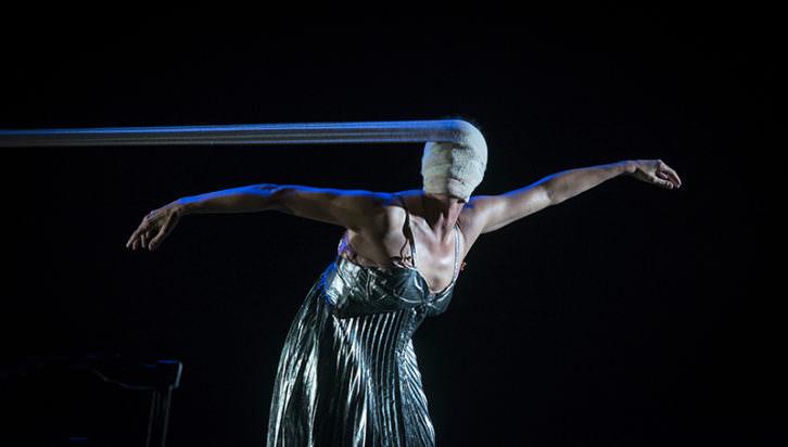 Perra nadie, de la compañía Marta Carrasco. Imagen cortesía de Carme Teatre.