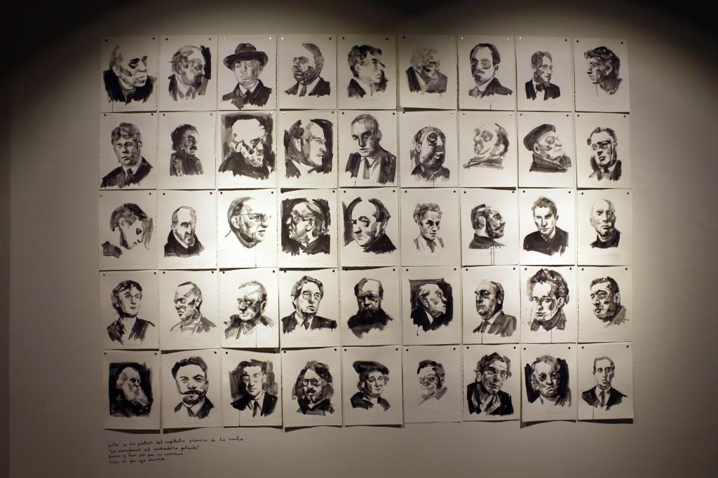 Pared expositiva dedicada a escritores. Fotografía: Cristina Tro Pacheco.