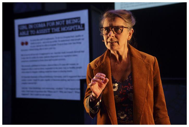 Victoria Salvador en 'Alexandria'. Imagen cortesía del Teatro Rialto.