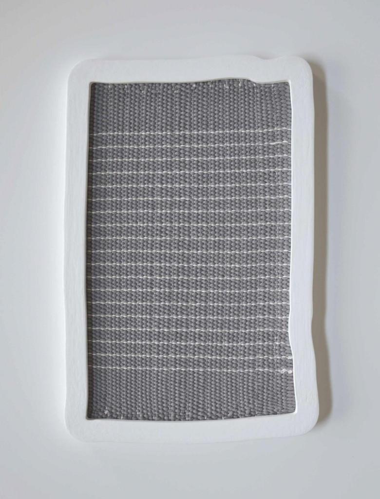 'Untitled (A Small Gray)', obra que forma parte de 'Correspondence', de Ana Esteve Llorens. Fotografía cortesía de la artista.