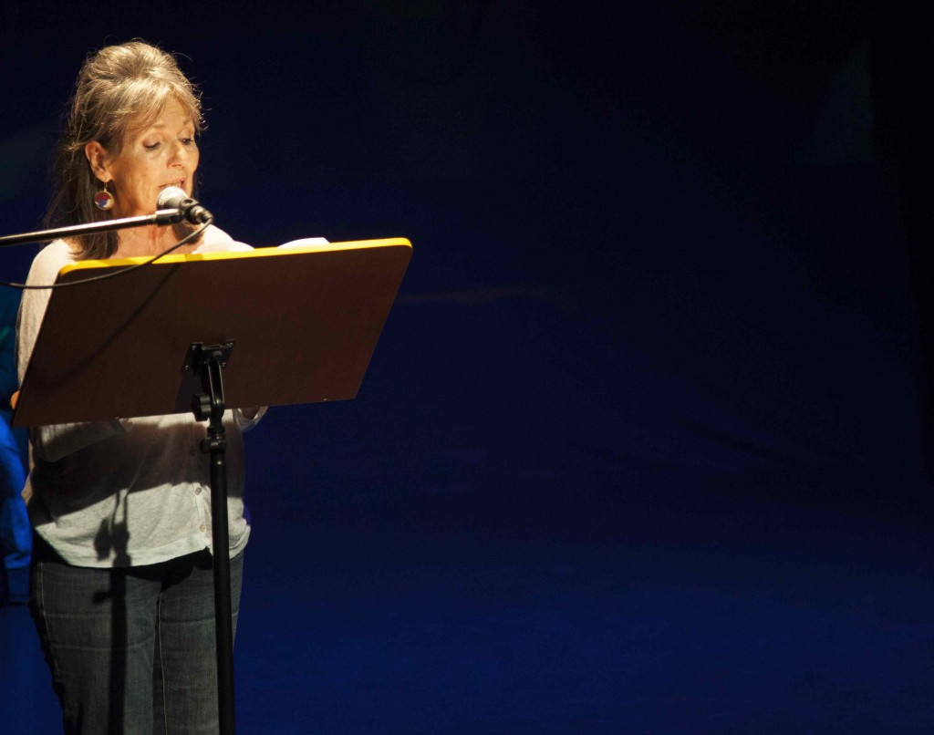 Isabel Requena durante la presentación de su libro. Imagen cortesía de Fundación Aisge.