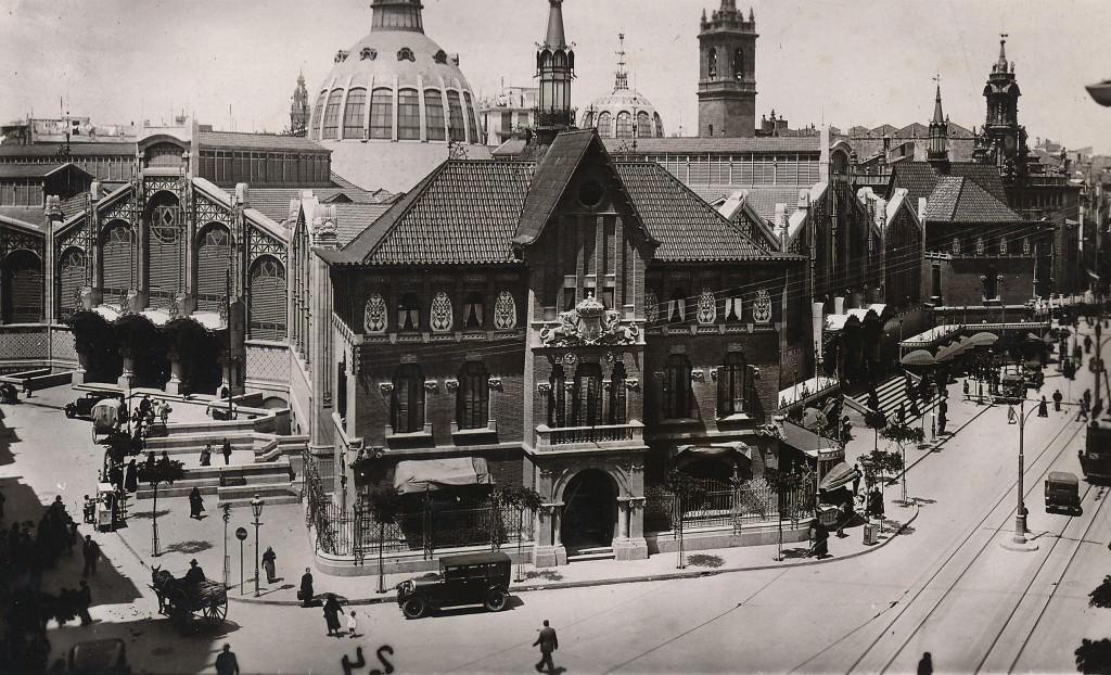 Imagen antigua del edificio de La Llotgeta. Colección José Aleixandre por cortesía de La Llotgeta.