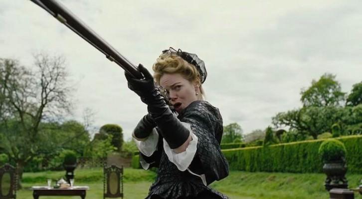 Emma Stone, como Abigail Masha, durante un instante de 'La favorita', de Yorgos Lanthimos, Fotografía cortesía de la distribuidora.