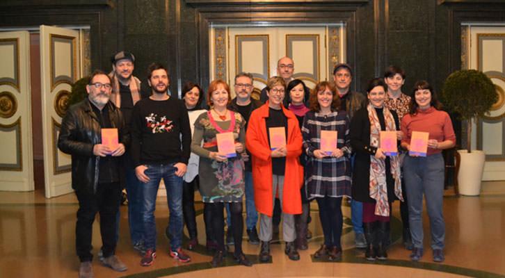 Primeras seis autoras del Laboratorio de Dramaturgia Insula