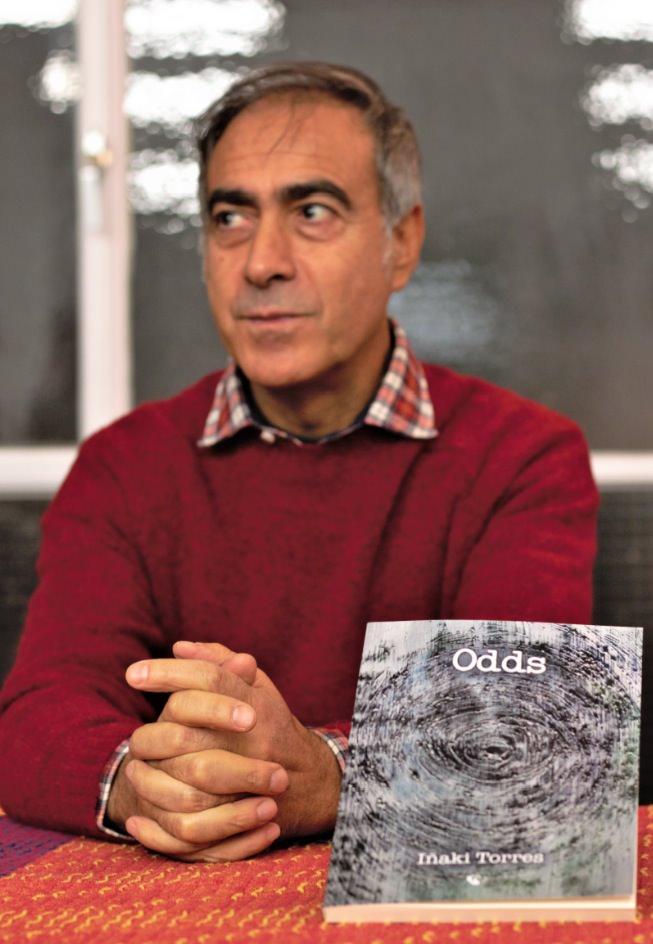 Iñaki Torres, en un momento de la presentación de su libro 'Odds'. Fotografía: Néstor Navarro